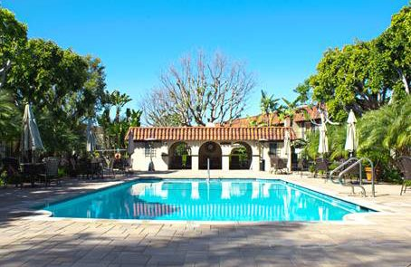 Country Club Villas of Mesa Verde Homeowners Association